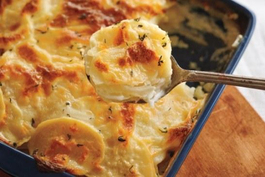 Az egyik legjobb egytálétel - Tepsis krumpli gazdagon
