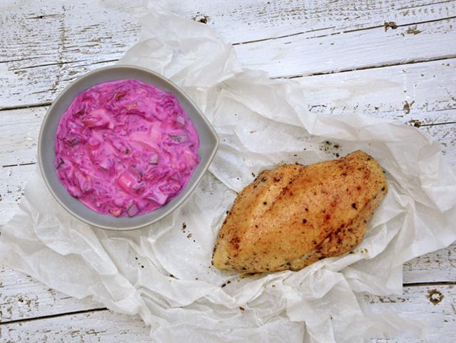 Grillezett-csirkemell-ceklamajonezzel