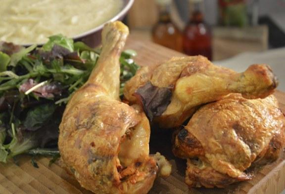 Zöldfűszeres töltött csirkecomb