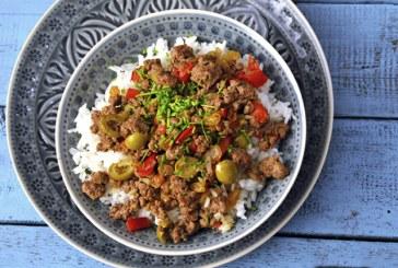 Olajbogyós, fűszeres, húsos ragu rizzsel