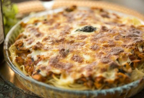 Kiadós ebéd vagy vacsora – Duplasajtos rakott spagetti