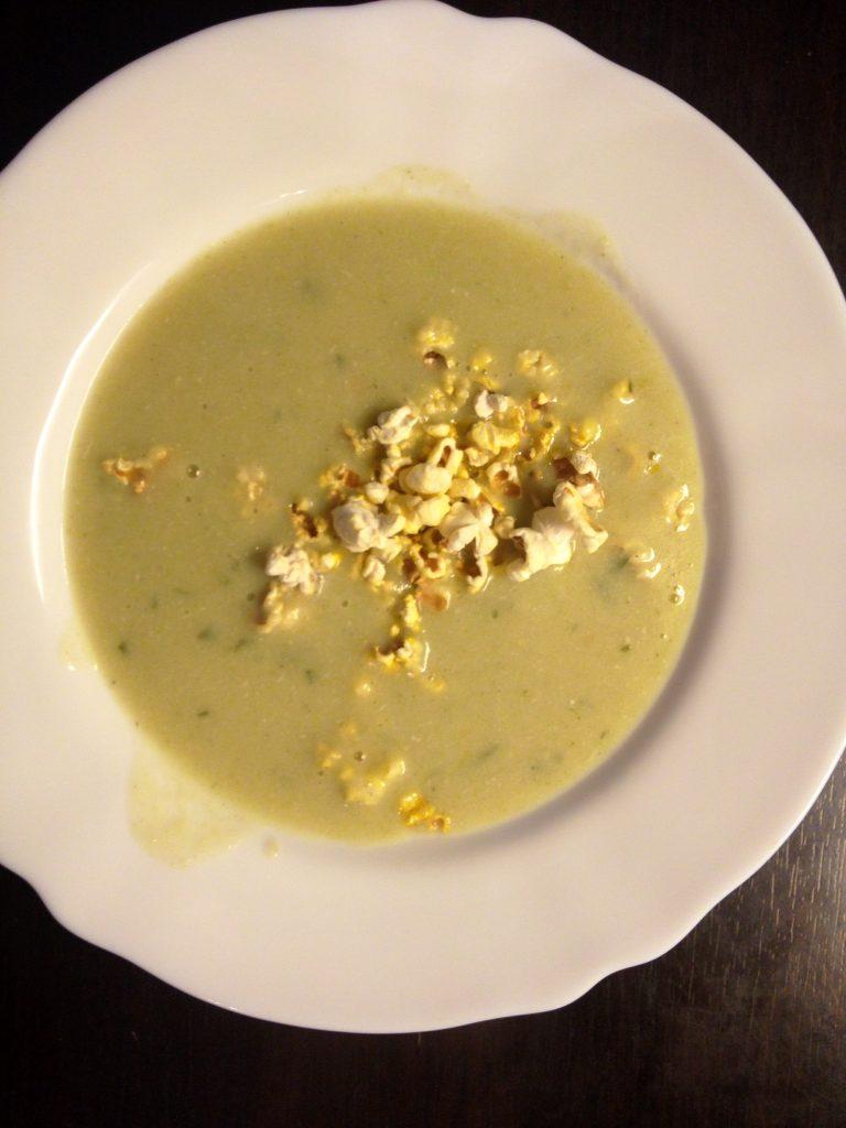 porehagyma-krem-leves-alap-pikanteria-sztarcafe-com2