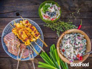 Tzatzikis tésztasaláta, citromos-joghurtos csirkenyárs