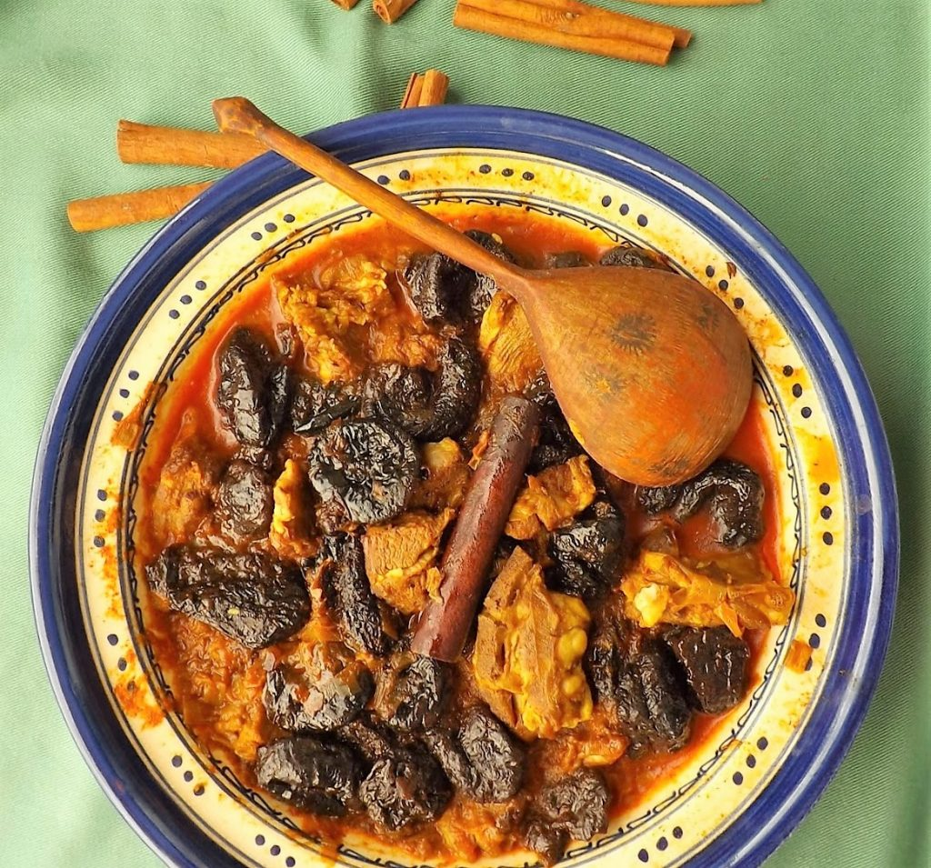 Aszaltszilvás, fahéjas bárány Marokkó style