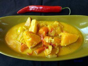 Chilis Sütőtökös curry