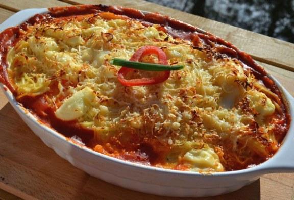 Krémsajtos, csirkemelles rakott spagetti sütőben sütve - recept