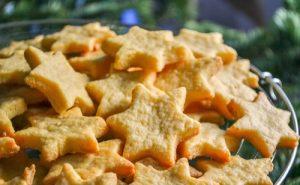 Filléres sajtos karácsonyi csillagok