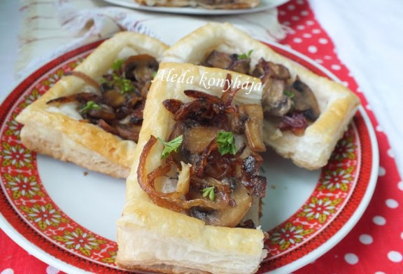 Gombás – karamellizált hagymás falatok, recept