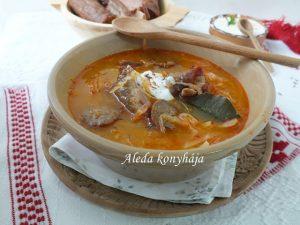 Savanyúkáposzta leves