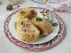 Csülkös-sajtos rétestekercs