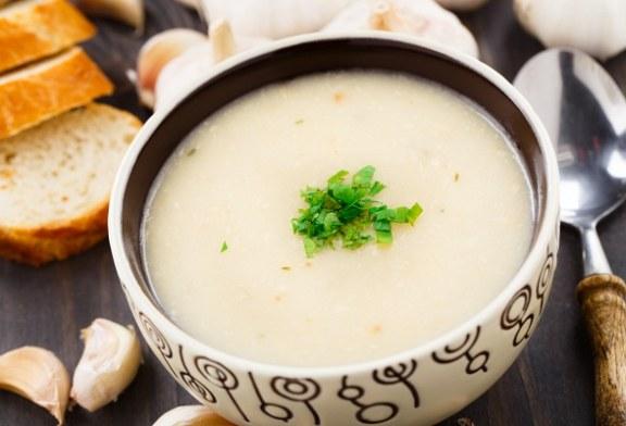 Turbózd fel az immunrendszeredet: 25 perces tejszínes fokhagymakrémleves – recept