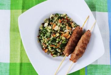 Közel-Keleti Tabulé saláta fűszeres bárány nyárssal - recept