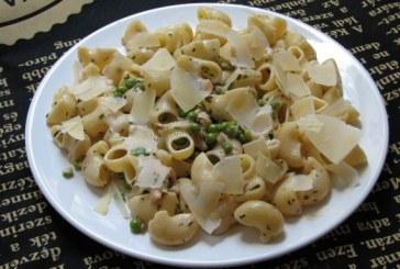 Tárkonyos csirkés zöldborsós tészta, recept