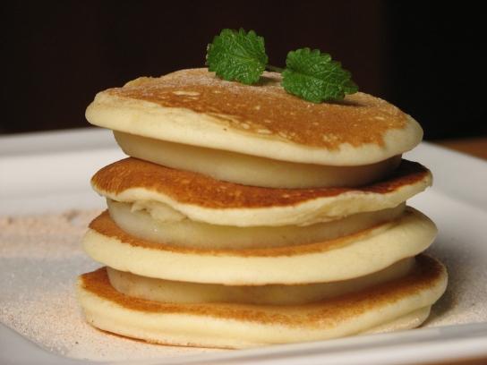 Almas-Fahéjas Pancake - Amerika reggelije