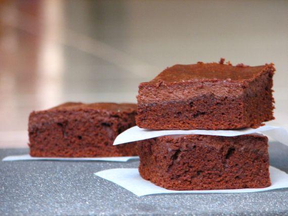 Csokis sajttortás brownie