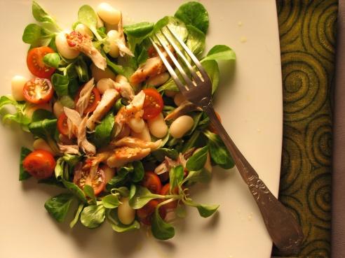 Üde - füstölt makréla saláta