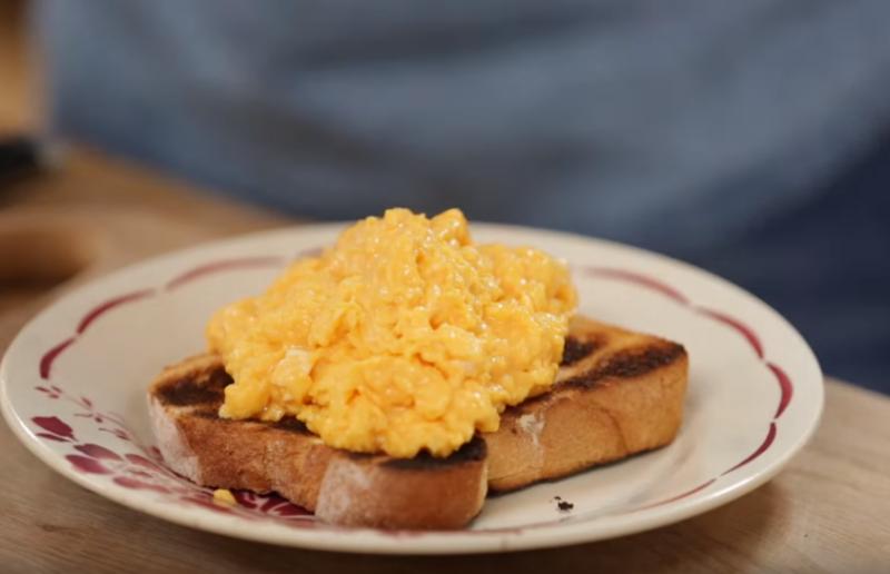 Jamie Oliver - Hogyan készíts tökéletes tojás Rántottát