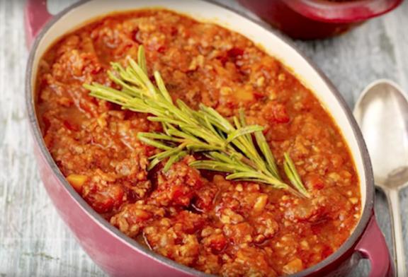 Jamie Oliver – egyszerű Bolognai szósz recept